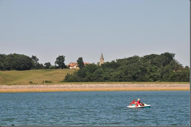 lake w village