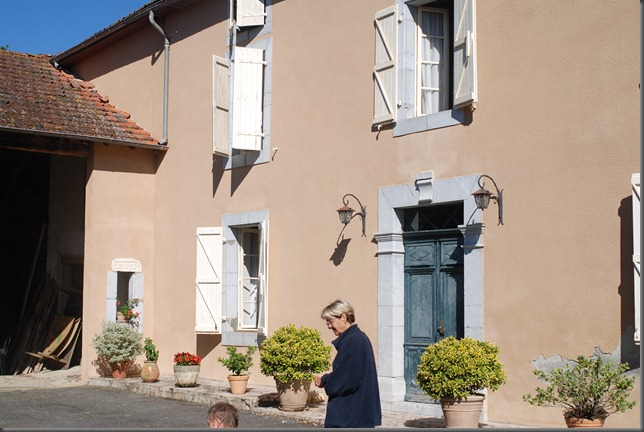 Lucienne's House 002